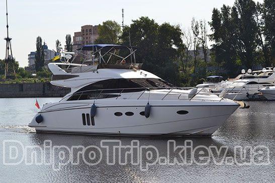 Яхта Принцес 50