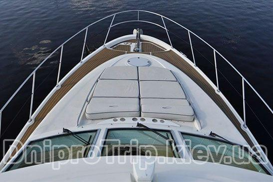 Яхта Максум 46
