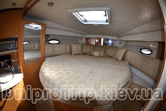 Яхта Чапарал 350