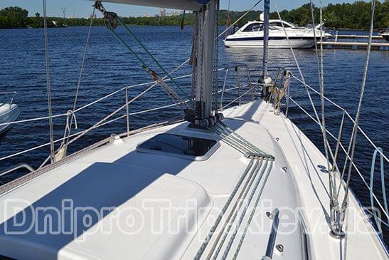 Яхта Орияна 33
